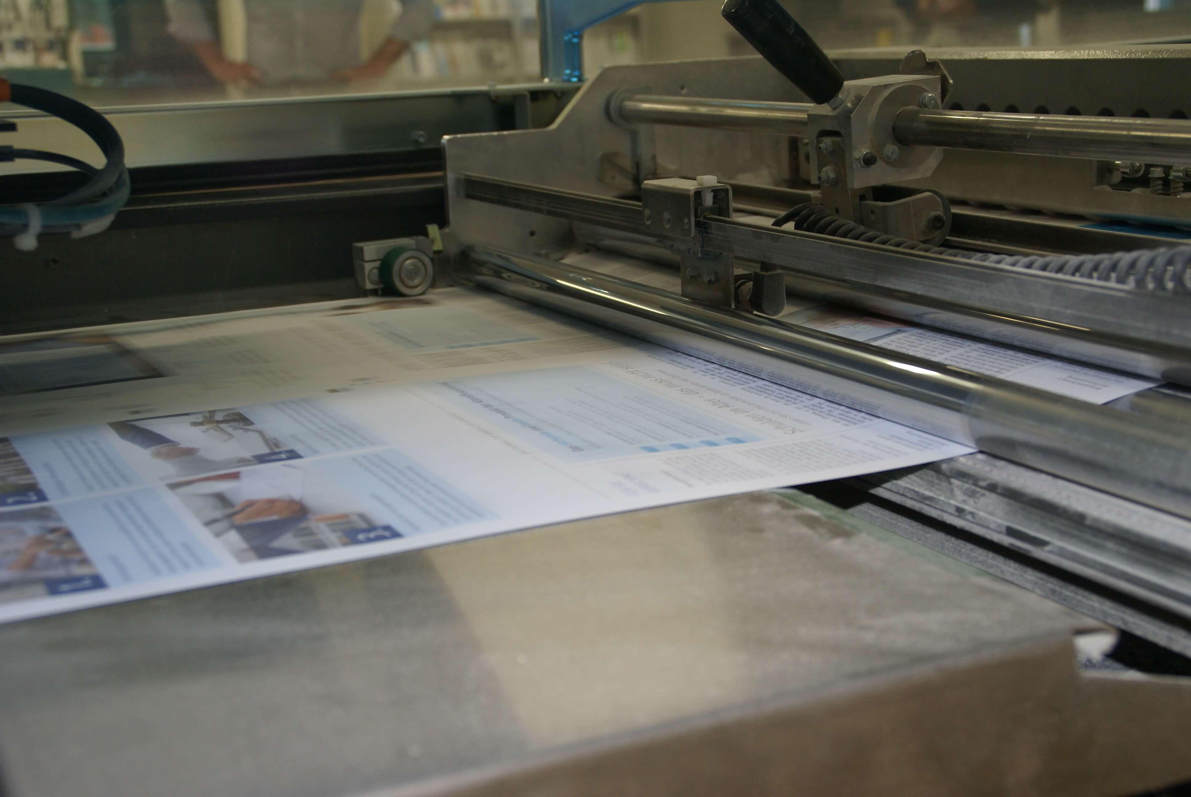 Personalisierte Zeitung im Digitaldruck produzieren