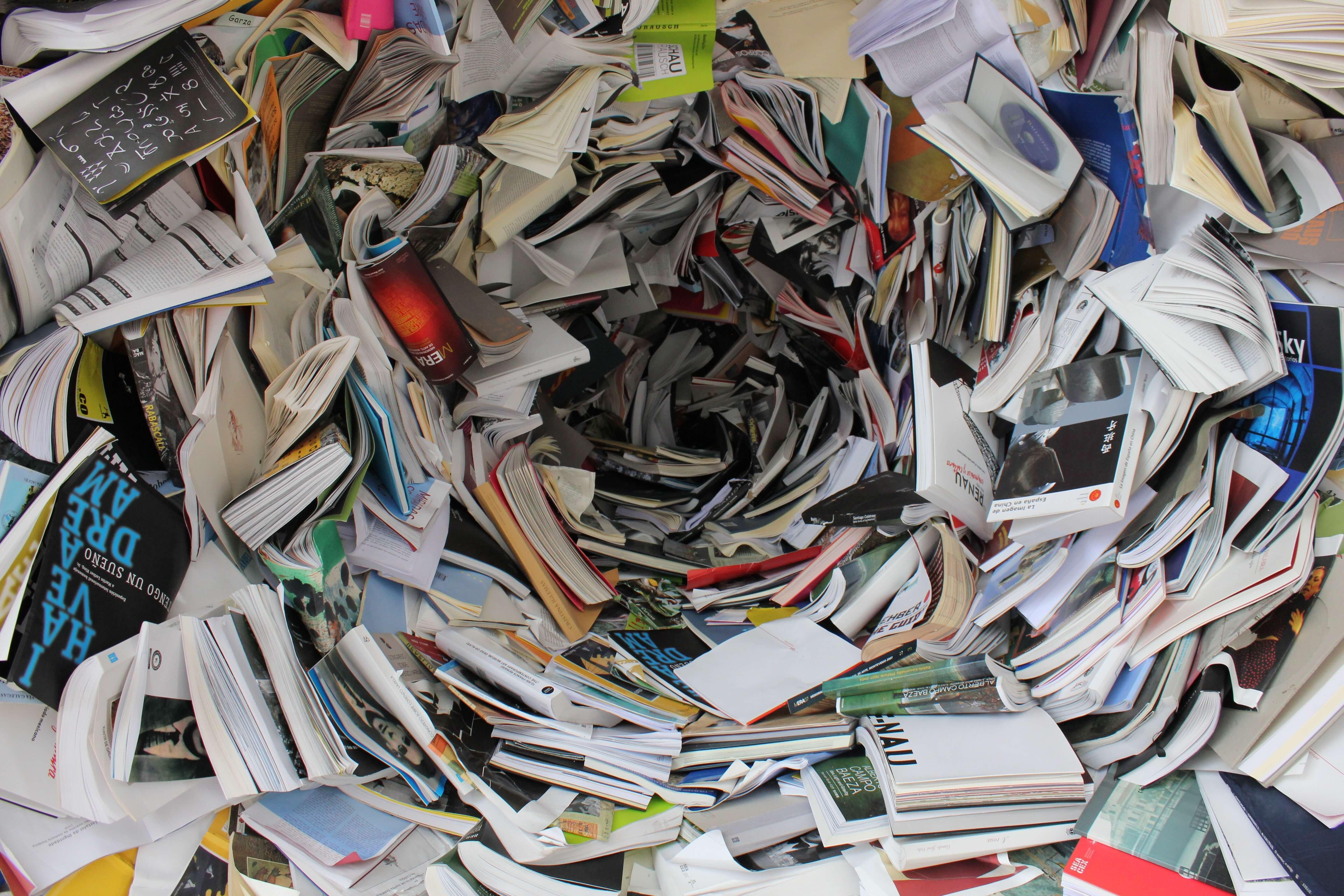 Zeitungen und Magazine auf echtem Papier